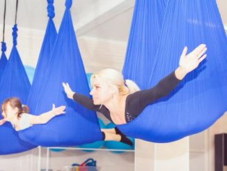 Cos'è l'Antigravity yoga